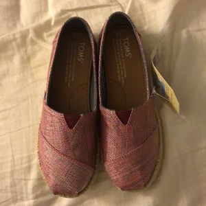 Brand New Girls TOMS Youth 1